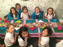 Kids jewellery making party workshop Greenwich London